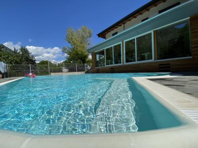 The_swimming_pool,324?WebbinsCacheCounteru003d1,324