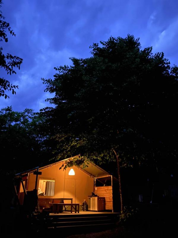 La bella vita del campeggio