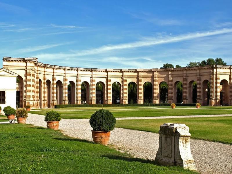 Palazzo Mantova